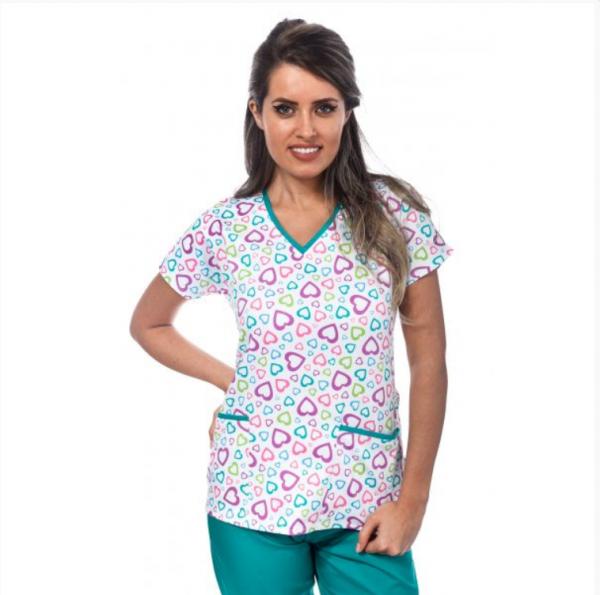 Bluza medicala alba cu inimioare colorate 0