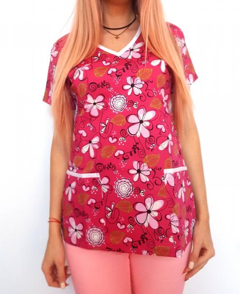 Bluza medicala ciclam cu floricele 0