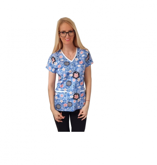 Bluza medicala albastra cu flori 0