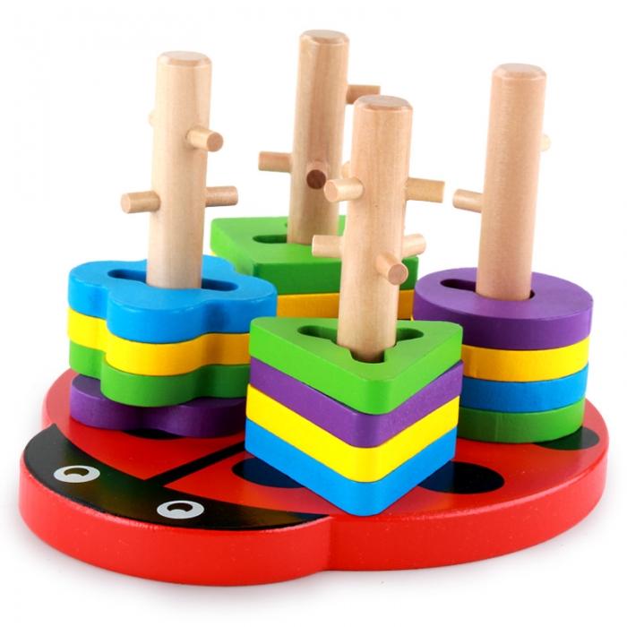 Jucarie lemn sortator coloane cu obstacole si forme gargarita.