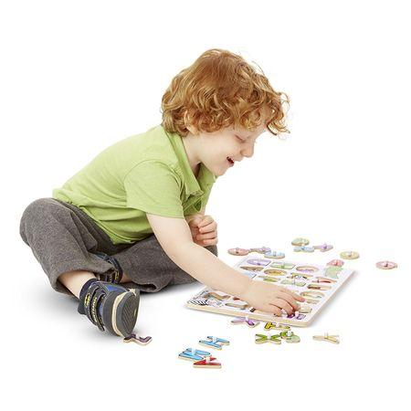 Joc puzzle incastru cu maner din lemn cu litere.1