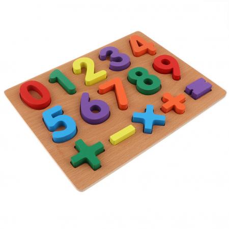 Puzzle incastru din lemn cu cifre de la 0 la 9.1