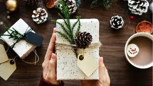 7 trucuri prin care îţi poţi gestiona cel mai bine bugetul pentru cadourile de Crăciun