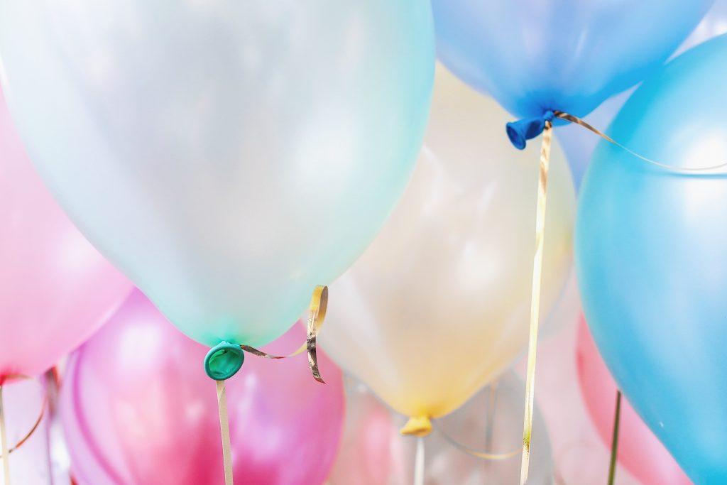 baloane colorate petrecere