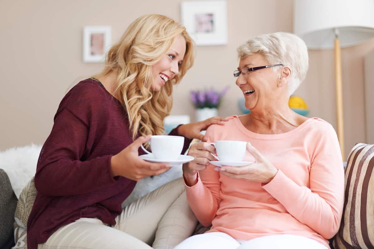 10 Modalitati de a construi o relatie buna cu mama soacra