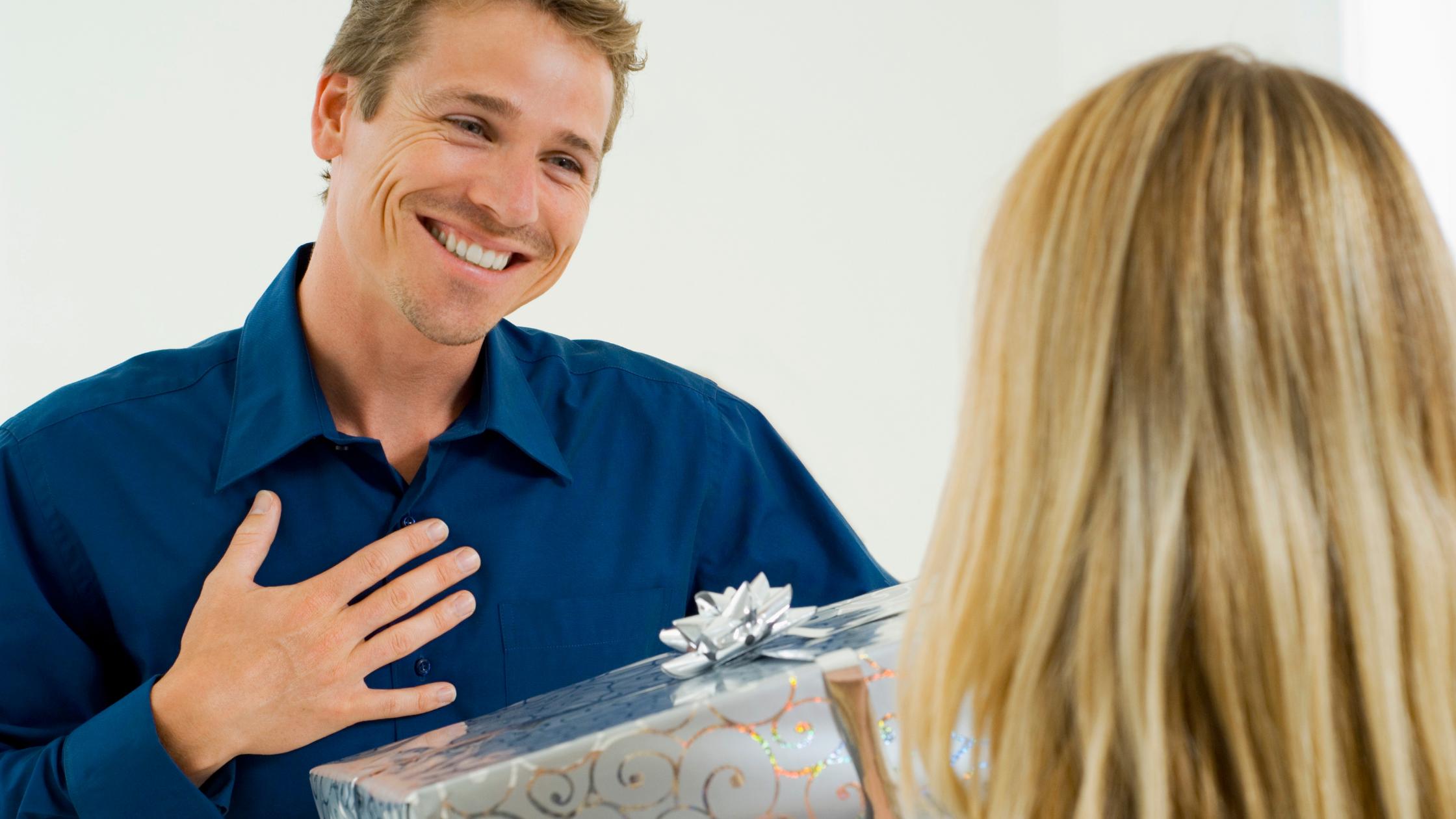 Top Multe Idei pentru cadouri Ziua Barbatului, 9 Martie