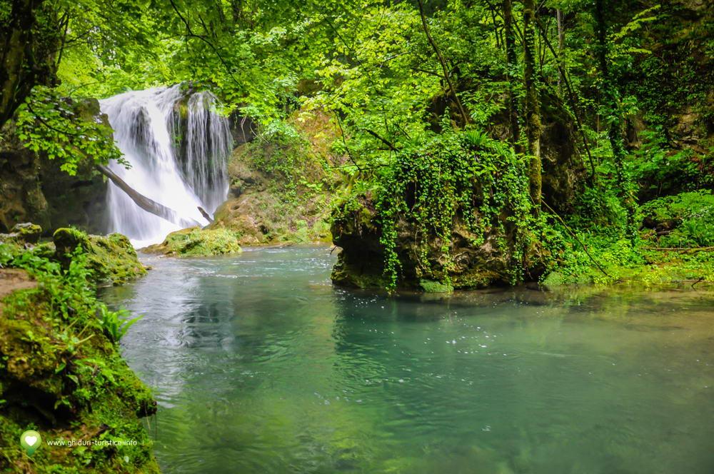 Cascada-La-Vaioaga