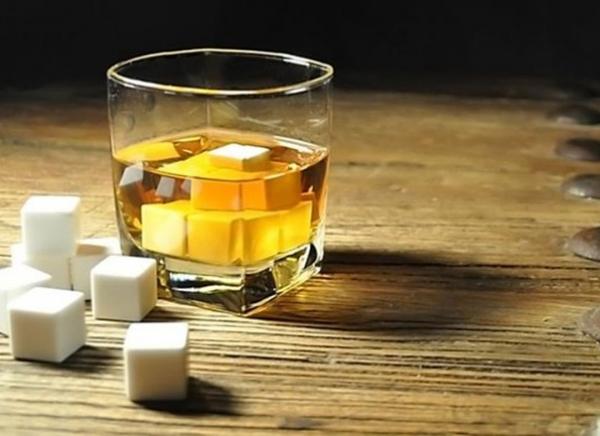 Cuburi Ceramica pentru Whiskey 5