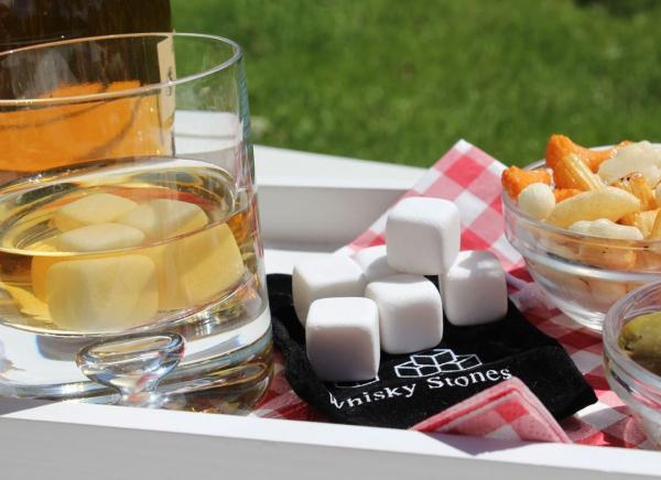 Cuburi Ceramica pentru Whiskey 1