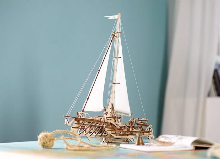Puzzle 3D Barca Trimaran din lemn Ugears 10