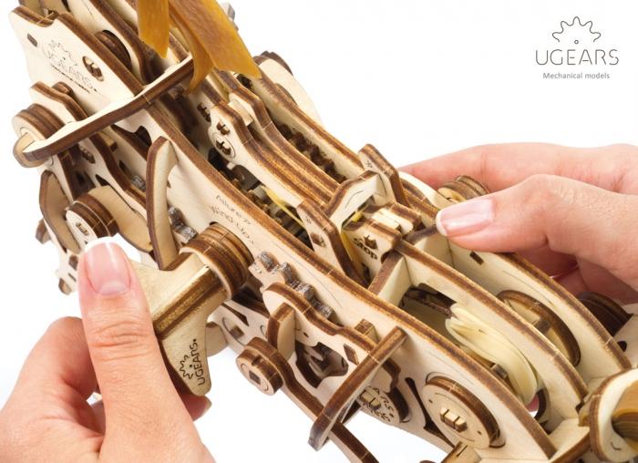 Puzzle 3D Cal Bionic din lemn Ugears [14]