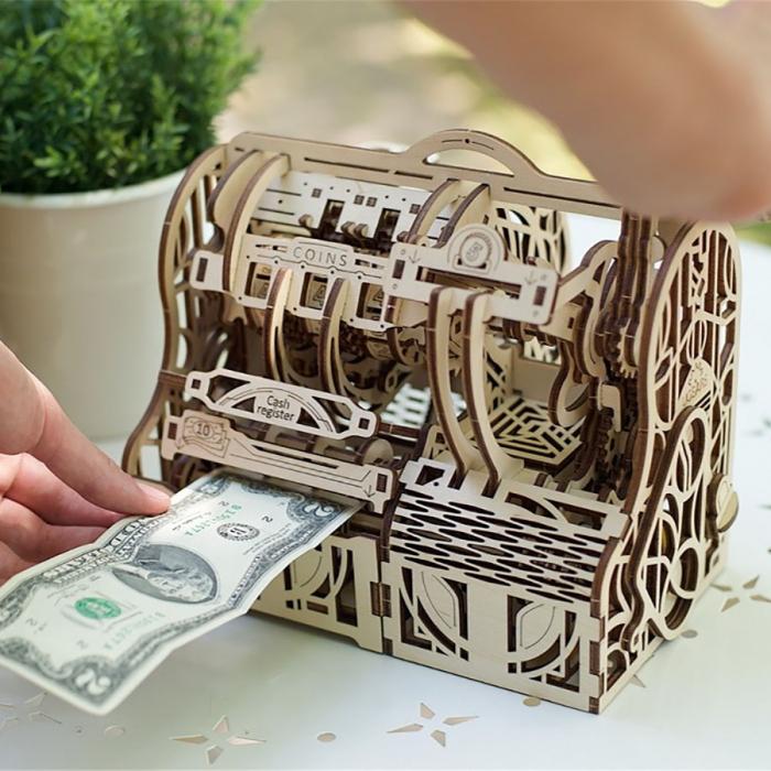 Puzzle 3D Casa de marcat din lemn Ugears 0