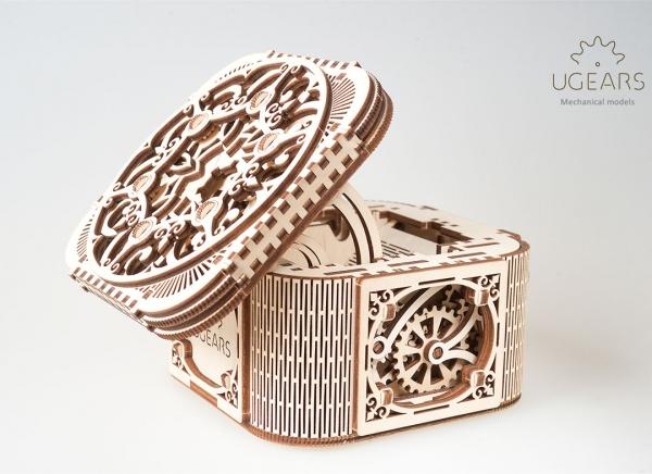 Puzzle 3D Cufar Comori - Model Mecanic din Lemn Ugears 9
