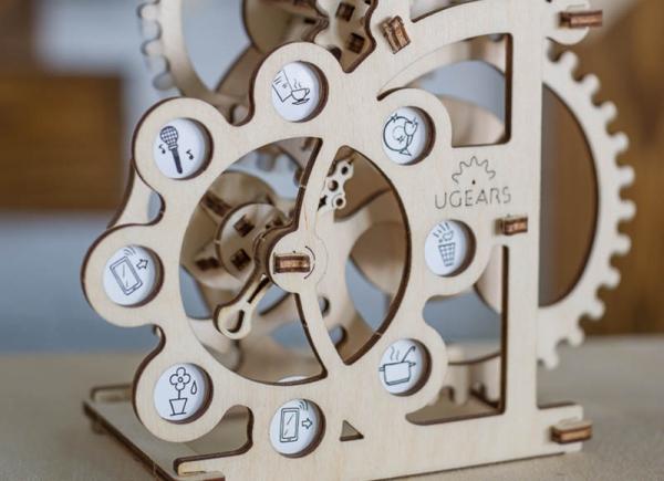 Puzzle 3D Dinamometru din Lemn Ugears 1
