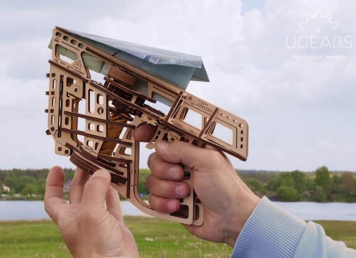 Puzzle 3D Flight Starter din lemn Ugears 7