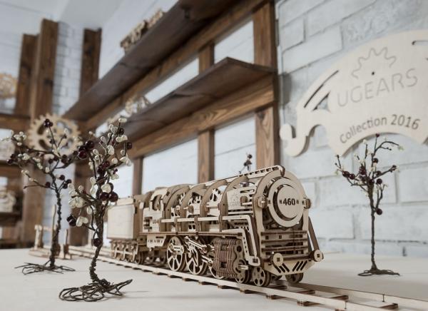 Puzzle 3D Locomotiva cu Aburi si Vagon din Lemn Ugears 9