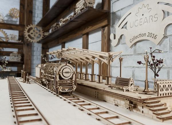 Puzzle 3D Locomotiva cu Aburi si Vagon din Lemn Ugears 17