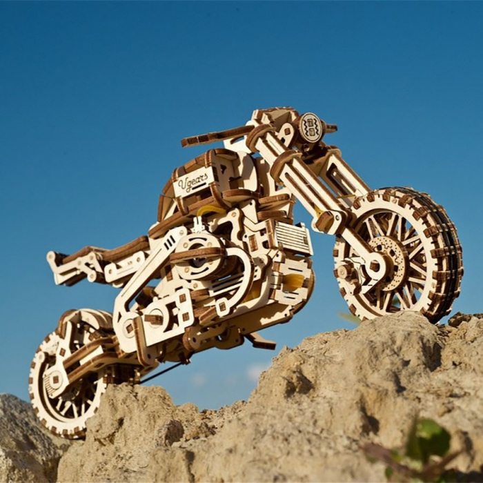 Puzzle 3D Motocicleta Scrambler UGR-10 din lemn Ugears 0