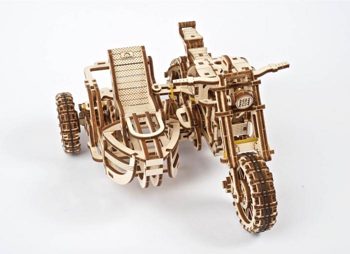 Puzzle 3D Motocicleta Scrambler UGR-10 din lemn Ugears 3
