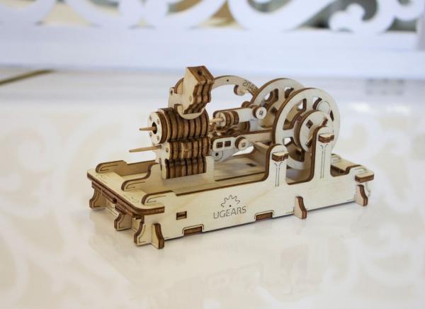 Puzzle 3D Motor Pneumatic din Lemn Ugears 6