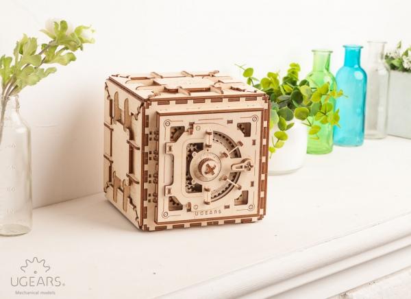 Puzzle 3D Seif din Lemn Ugears 3
