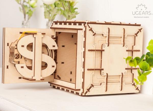 Puzzle 3D Seif din Lemn Ugears 15