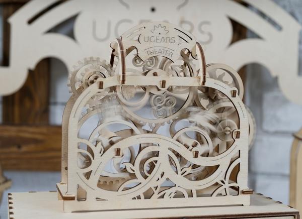 Puzzle 3D Teatru Mecanic din Lemn Ugears 4