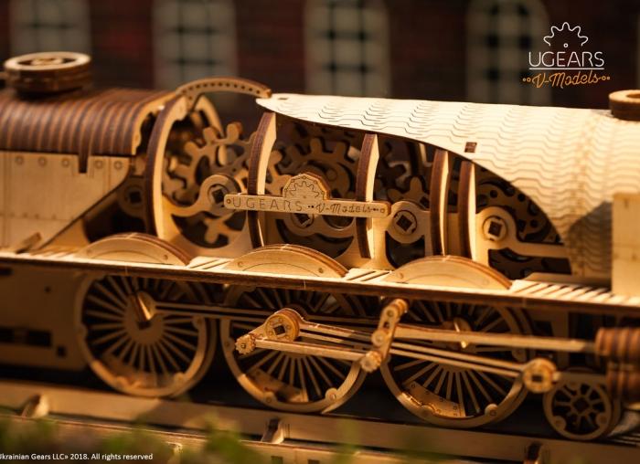 Puzzle 3D Tren V- Express cu abur din lemn Ugears 5