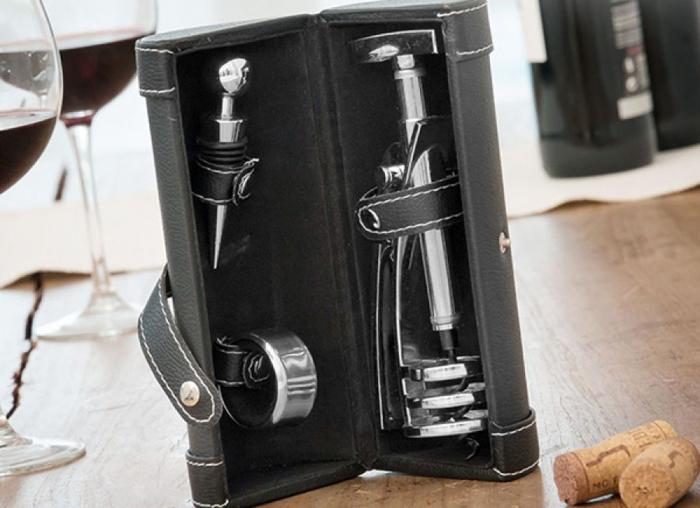 Set luxos de accesorii pentru vin 1