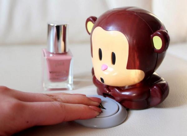 Uscator de unghii Funky Monkey 2
