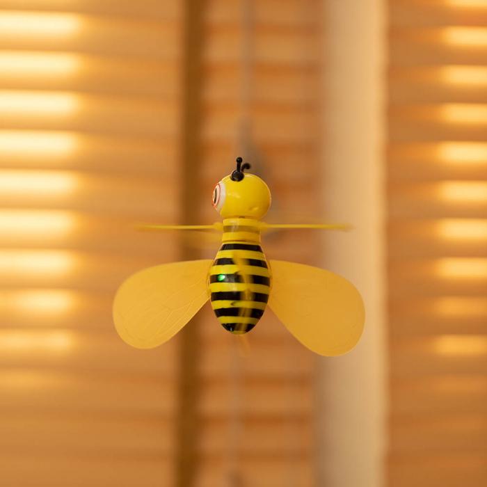 Drona copii Albinuta zburatoare 1