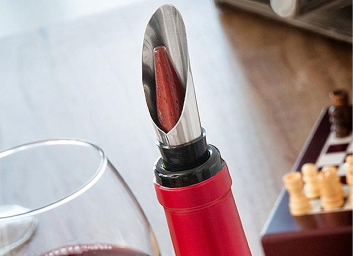 Caseta Deluxe de sah si accesorii pentru vin 4