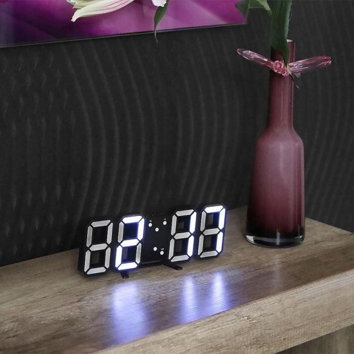Ceas de perete digital cu termometru si data 2