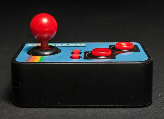 Consola de jocuri vintage, ultra-portabila 2
