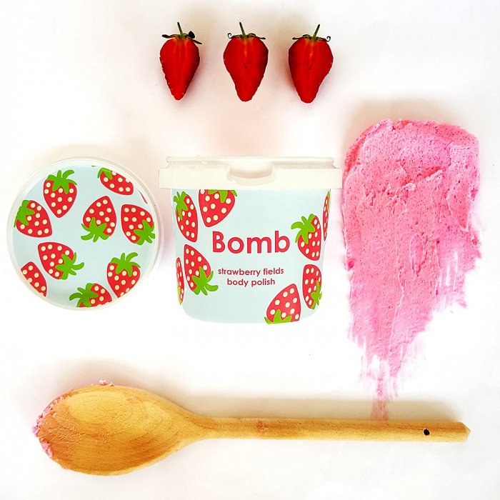 Exfoliant corp particule fine Strawberry Fields Bomb Cosmetics 0