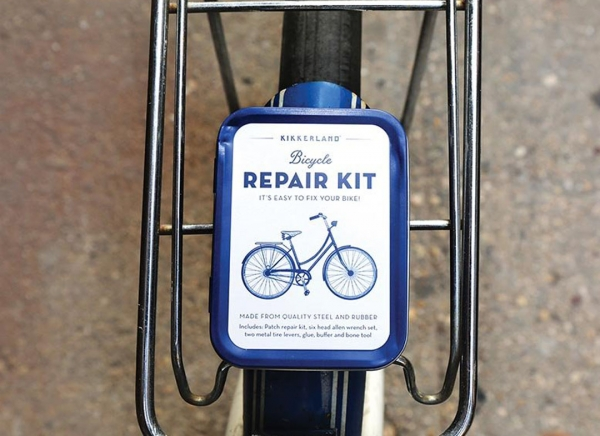Kit compact reparatii biciclete 3