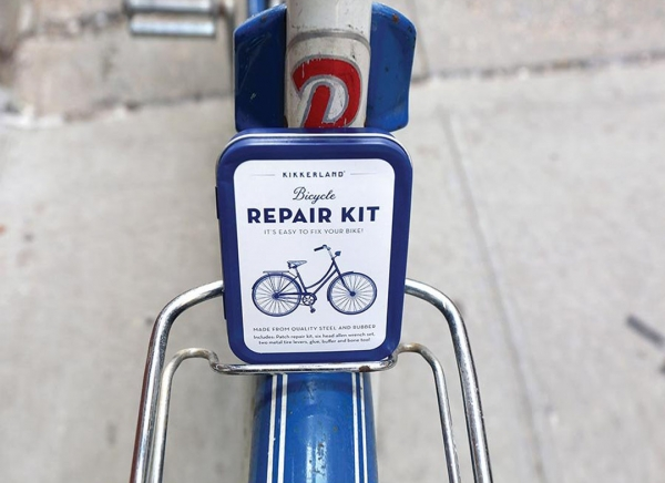 Kit compact reparatii biciclete 2