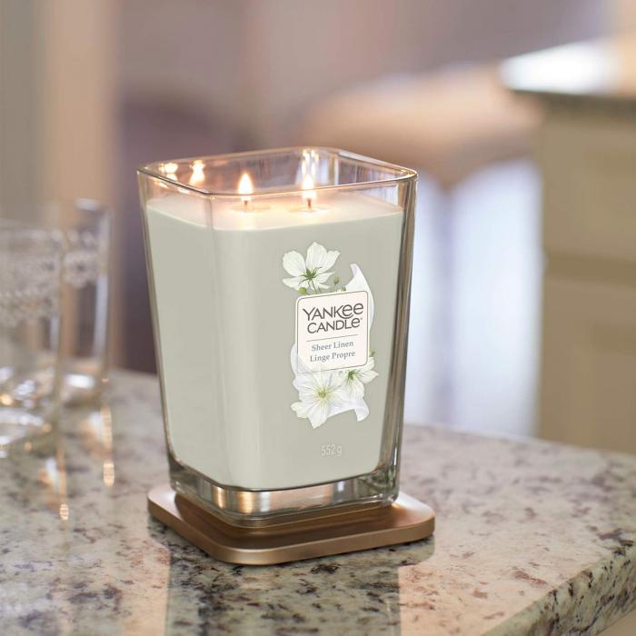Lumanare parfumata Yankee Candle elevation collection sheer linen Borcan mare 0