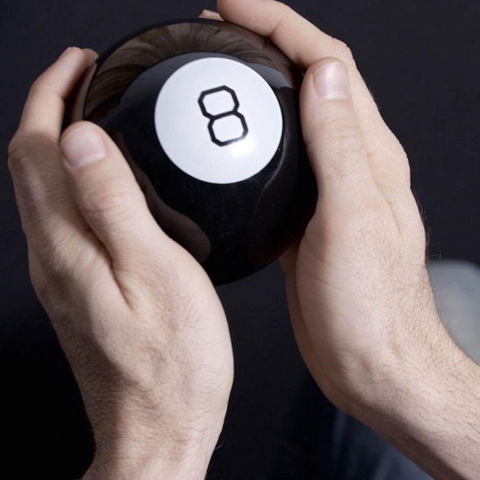 Magic 8 Ball Mingea adevarului 0