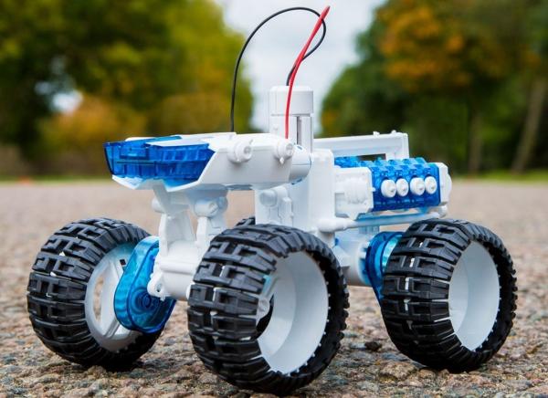 Masina 4x4 cu Motor cu apa sarata 0