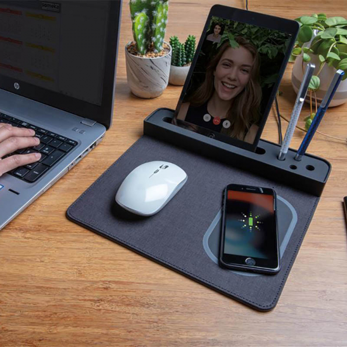 Mousepad cu incarcare wireless 5W si USB 0