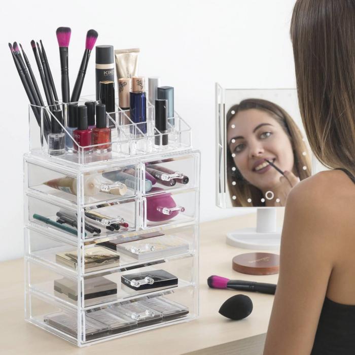 Organizator cosmetice machiaj cu 16 compartimente Makeup Dream 0