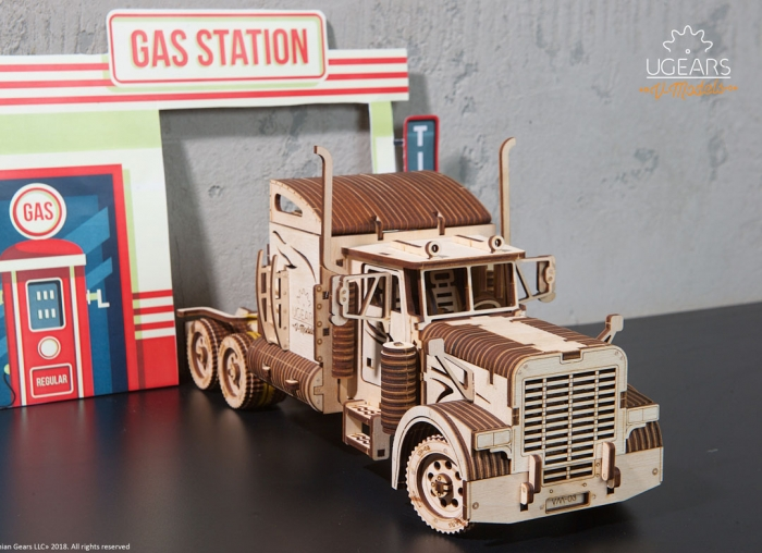 Puzzle 3D Camion VM-03 din lemn Ugears 4