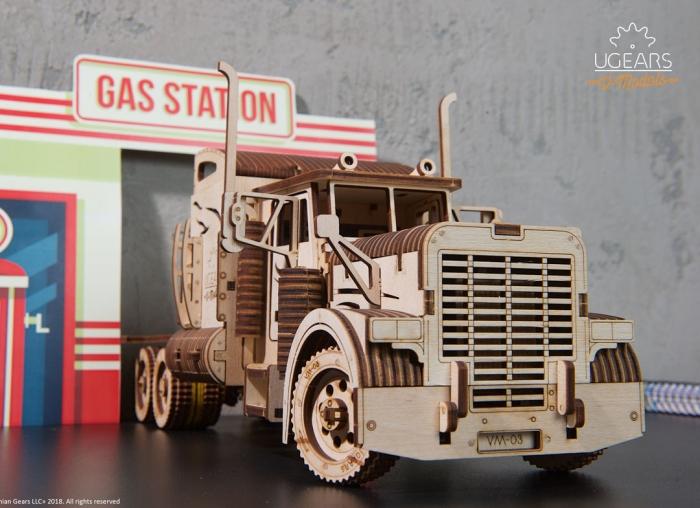 Puzzle 3D Camion VM-03 din lemn Ugears 3