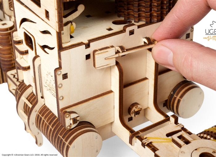 Puzzle 3D Camion VM-03 din lemn Ugears 16