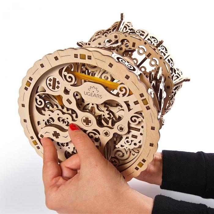 Puzzle 3D Carusel din lemn Ugears 1