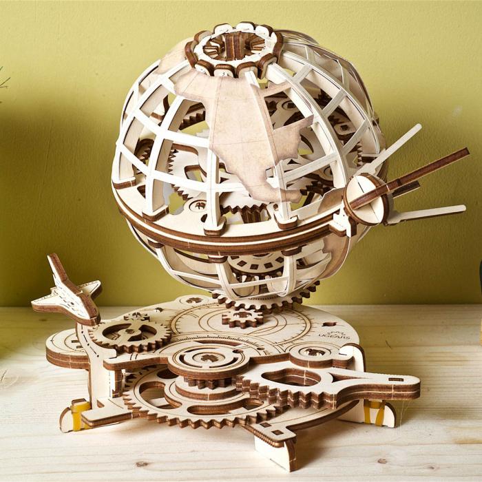 Puzzle 3D Glob pamantesc din lemn Ugears 0