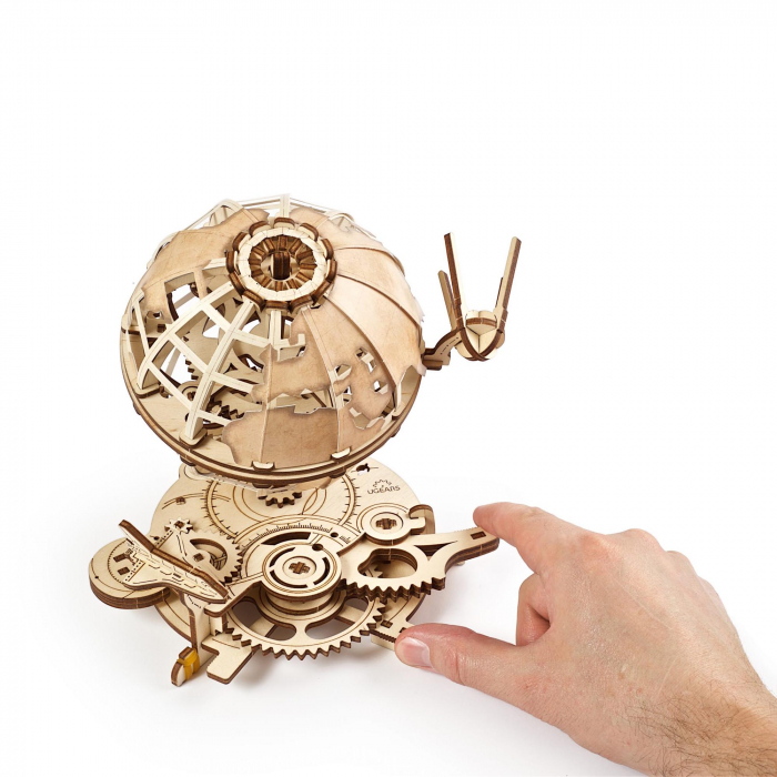 Puzzle 3D Glob pamantesc din lemn Ugears 7