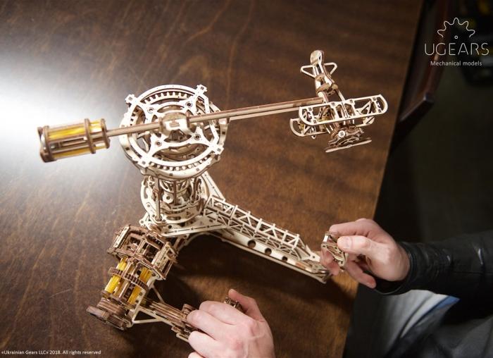 Puzzle 3D Model Aviator din lemn Ugears 3