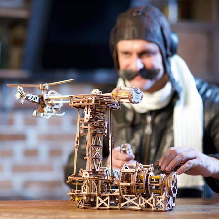 Puzzle 3D Model Aviator din lemn Ugears 0